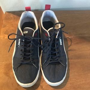 Puma sneakers Size 10